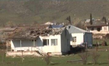 Sadursmes Kalnu Karabahā turpinās arī svētdien