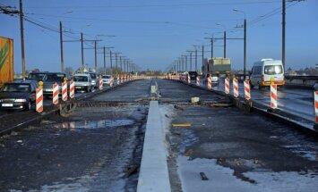 Rīgas dome atbalsta papildus 13 miljonu piešķiršanu Salu tilta rekonstrukcijai