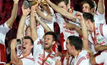 Polijas volejbola izlase pārpildītu tribīņu priekšā triumfē pasaules čempionātā