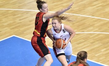 Latvijas U-18 basketbolistes pirmo reizi vēsturē iekļūst Eiropas čempionāta pusfinālā