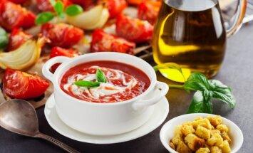 Kādi ēdieni jāliek galdā, sagaidot Ugunīgā Pērtiķa gadu?