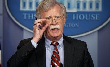 Болтон предупредил РФ о готовности США ударить по Сирии