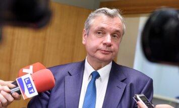 Министр: в Латвии необходимо реорганизовать около 80 школ