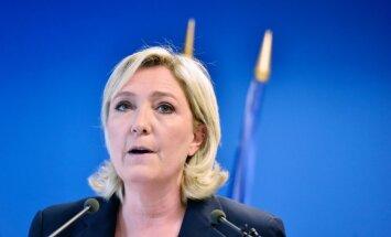 Ле Пен обвинила Олланда в срыве визита Путина в Париж