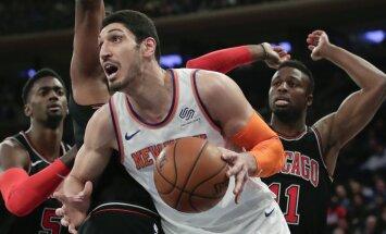 Kanters izlēmis palikt 'Knicks' komandā