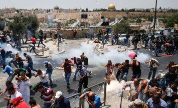 Sadursmēs ar Izraēlas spēkiem nošauti trīs palestīnieši