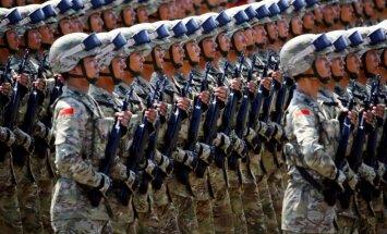 Ko atklāja vērienīgā parāde: Ķīna modina nacionālismu un maina vēsturi