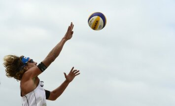 Samoilovs un Šmēdiņš iekļūst Olštinas 'Grand Slam' turnīra ceturtdaļfinālā
