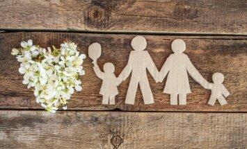 Šogad adoptēti 186 Latvijas bērni; puse - uz ārzemēm