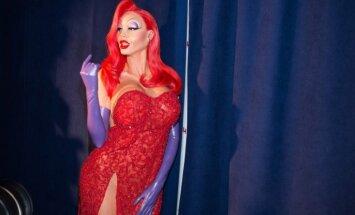 Šī gada šokējošākā Helovīna maska – modelei Heidijai Klūmai