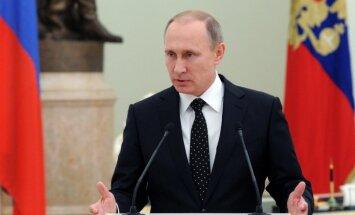 Путин: Недальновидные политиканы не оставляют в покое спорт