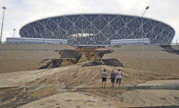 Volgogradā pamatīgi izskalota nogāze pie Pasaules kausa stadiona