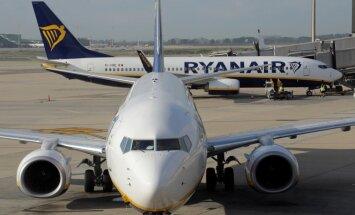 'Ryanair' samazina peļņas prognozi un slēdz bāzes Eindhovenā un Brēmenē; atcelti reisi