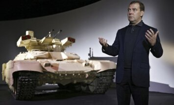 Krievija izmēģinājumiem Sīrijā nosūtījusi 'Terminators-2' kaujas mašīnu