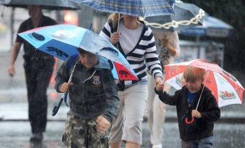 No trešdienas kļūs vēsāks un gaidāms lietus