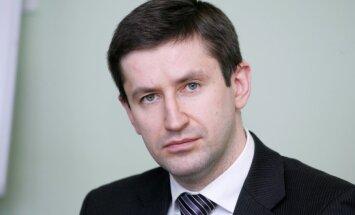 Vjačeslavs Dombrovskis: Mācīsimies no igauņiem vai no Pasaules Bankas?