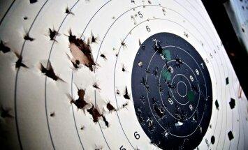 Krievijas uzņēmējs grib pasargāt no nojaukšanas nelikumīgi celtu slepenu šautuvi Lietuvā