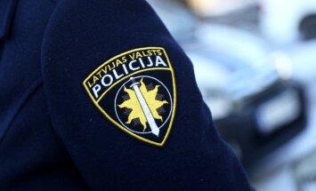 IDB lūdz apsūdzēt policistu par velosipēdista sabraukšanu Dobeles novadā
