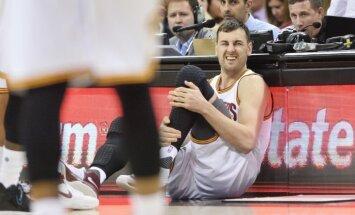 Pieredzējušais austrāliešu centrs Boguts pievienojas NBA klubam 'Lakers'