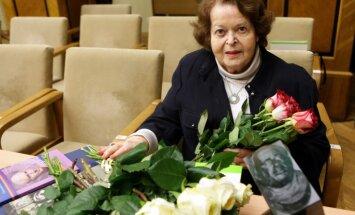 Īsi pirms 96. jubilejas mūžībā aizgājusi Valentīna Freimane