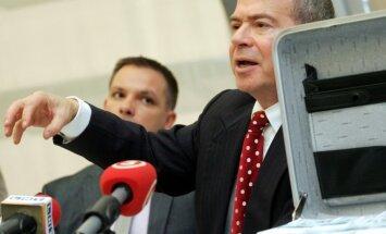Лембергсу неизвестно, применен ли к нему статус подозреваемого в деле олигархов