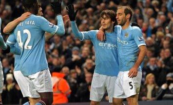 Mančestras 'City' futbolisti pēc gada pārtraukuma atgūst Anglijas čempionu titulu