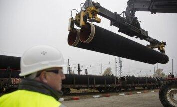 Polijas premjers 'Nord Stream 2' nosauc par 'jaunu hibrīdieroci'