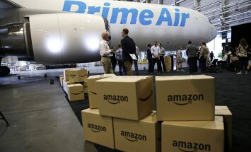 Video: 'Amazon' izrāda pirmās lidmašīnas kompānijas vēsturē