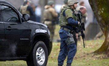 Policisti nošāvuši uzbrucēju policijas pārvaldei Dallasā