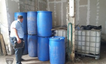 Angārā Salaspils novadā atklāj prāvu alkohola surogāta glabātuvi