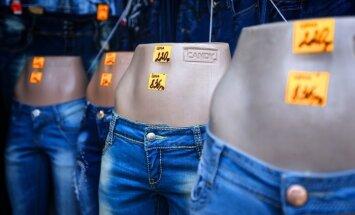 Foto: Krimas tirgus plačos turpina pierast pie rubļiem