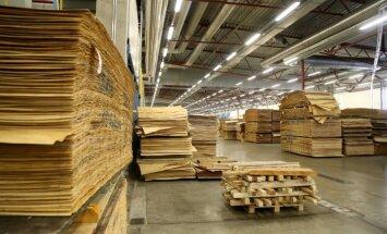 Foto: 'Latvijas Finieris' Igaunijā atver rūpnīcu