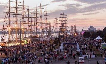 'The Tall Ships Races' kulminācija priecē un apgrūtina tūkstošus