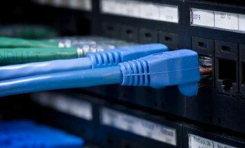 Laikraksts: Krievija apsver pilnīgas interneta kontroles ieviešanu