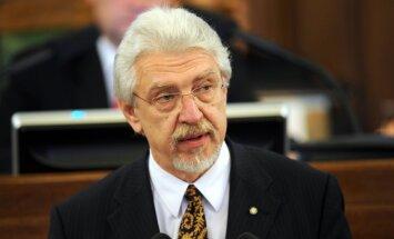 Trampa komentāri par Baltiju ir ļoti bīstami, brīdina Kalniņš