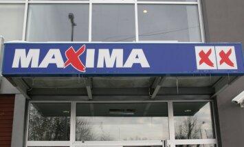 """Кассир магазина """"Maxima"""", аннулируя покупки, присвоил 850 евро"""