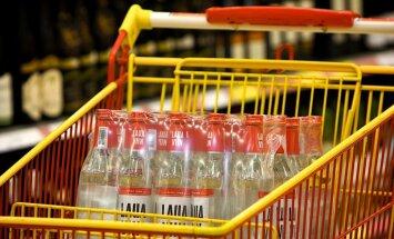Par ielaušanos veikalā un mēģinājumu nozagt alkoholu aiztur tūristu