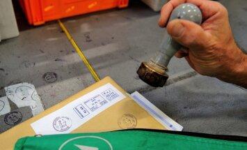 Zviedru olimpiskais čempions galda tenisā iemūžināts Ķīnas pastmarkā
