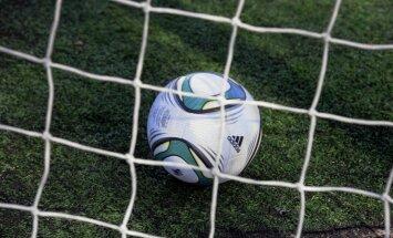 'Jūrmalas' futbolisti sagādā 'Olimpam' 20.zaudējumu Latvijas čempionātā