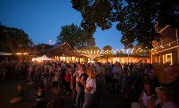 Brīvdabas koncertsezonu Kalnciema kvartālā noslēgs 'Šūberts, vīns un Vīne'