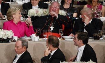 Трамп и Клинтон высмеяли друг друга на благотворительном ужине