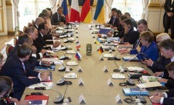 Līderu tikšanās: Ukrainā šogad plānotās reģionālās vēlēšanas jāatliek