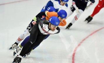 Silovs uz pusstundu kļūst par Eiropas čempionu ātrslidošanā