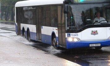 ДТП в центре Риги: автобус Rigas satiksme сбил пешехода