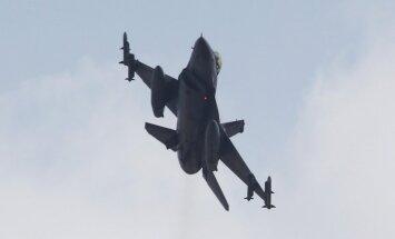Saūda Arābija nosūtījusi uz Turciju savas militārās lidmašīnas cīņai pret 'Daesh'