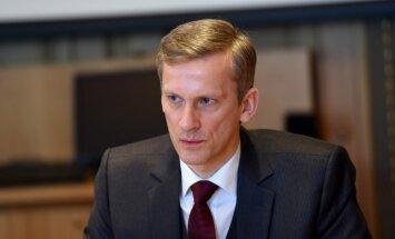 Kušners Saeimas lēmumu saista ar vēlmi ietekmēt Latvijas Bankas neatkarību
