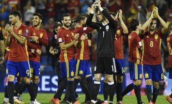 Испания поедет на чемпионат мира в Россию, Украина продолжает борьбу