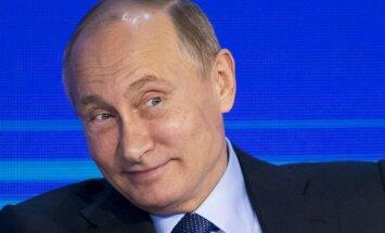 Putins: skrāpējumi uz kaut kādiem dopinga konteineriem nav nekādi pierādījumi