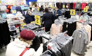 Foto: Rīgā atvērts pirmais tirdzniecības ķēdes 'Pepco' veikals