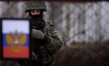 Krievija okupētajā Krimā izvietojusi 60 000 karavīru, secina eksperti
